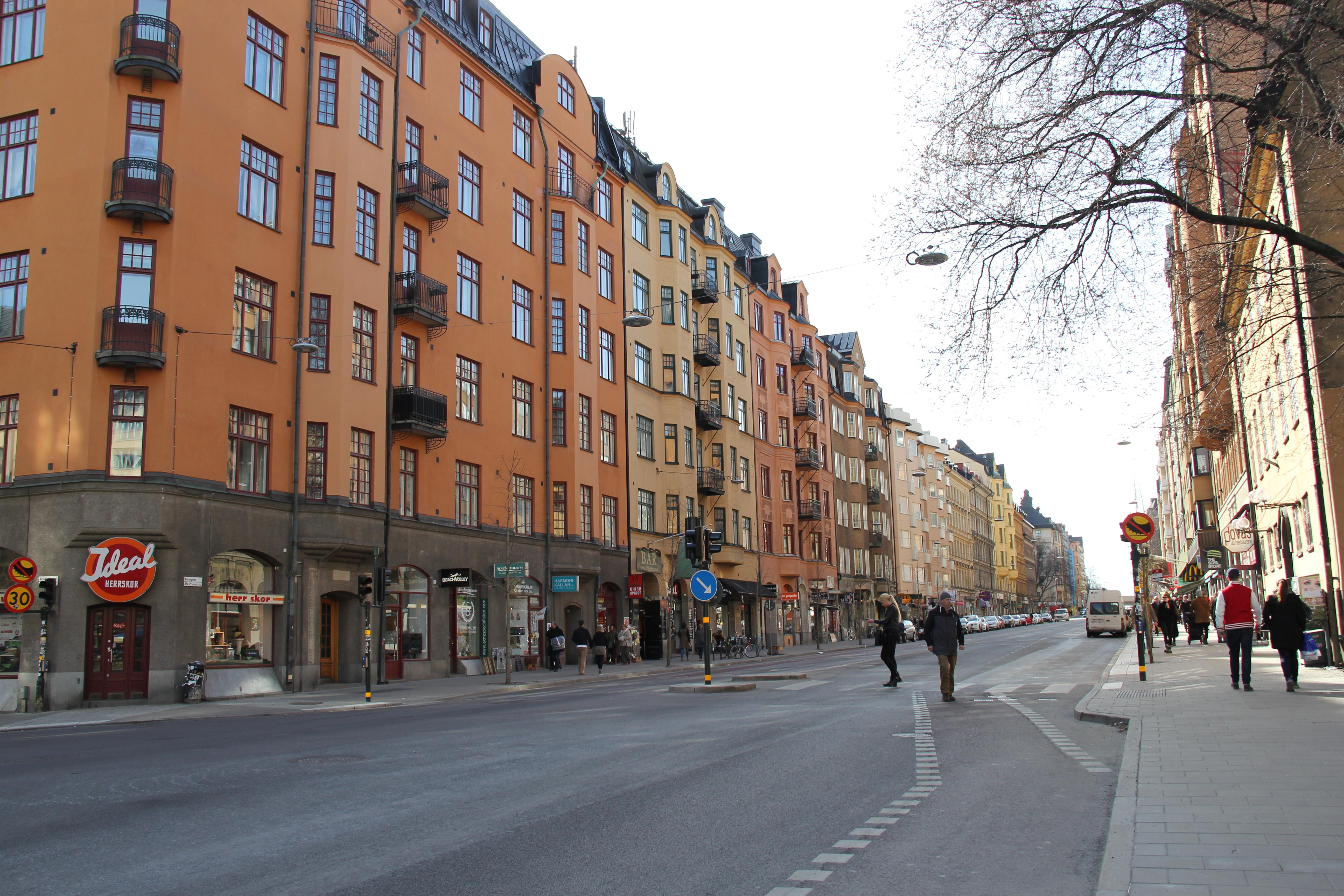 Zmiana Opon W Szwecji Polka W Szwecji